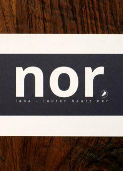 nor-Postkarte schwarz/weiß